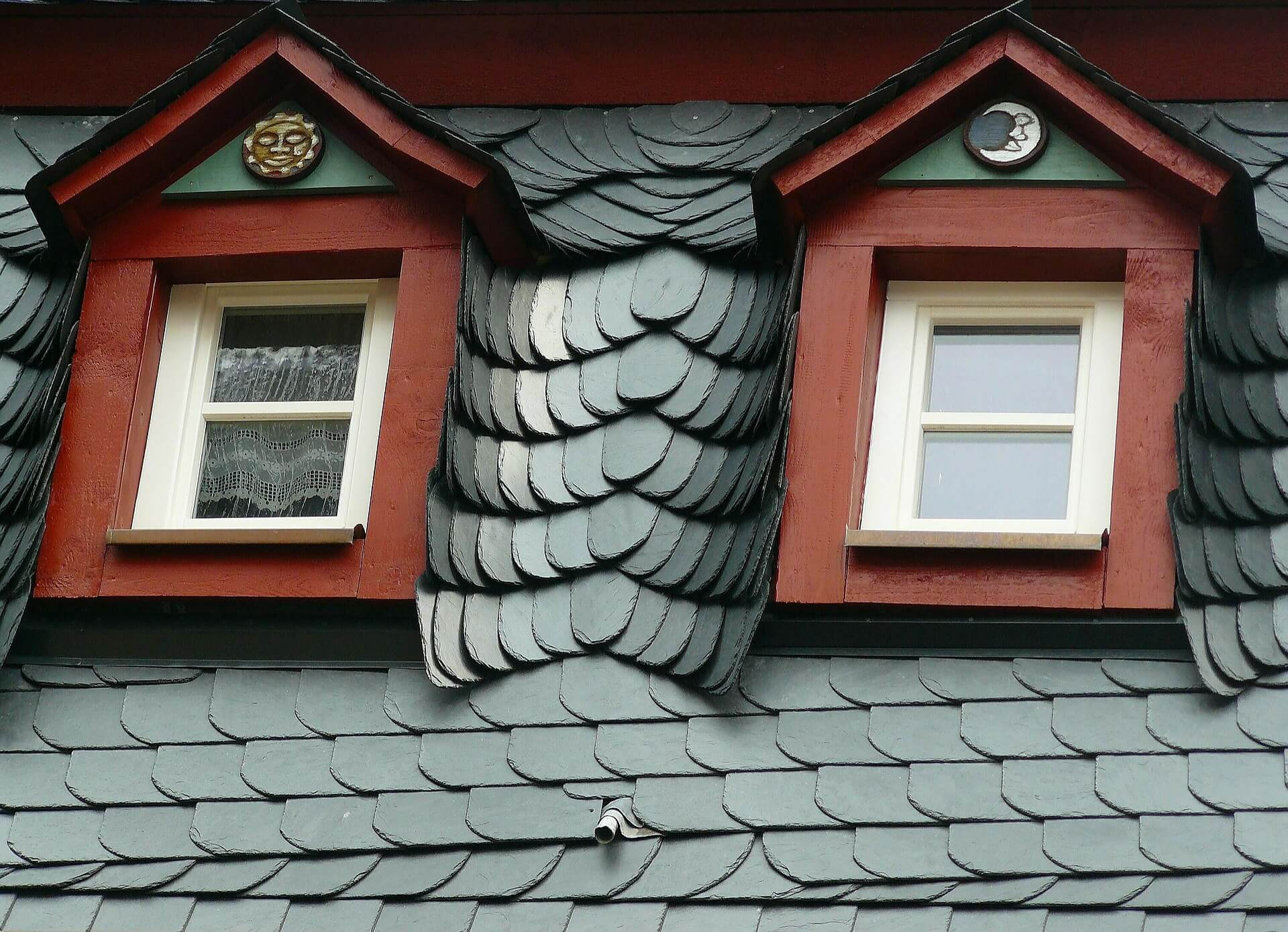Three reasons to choose synthetic siding for Fiber cement composite roofing slate style