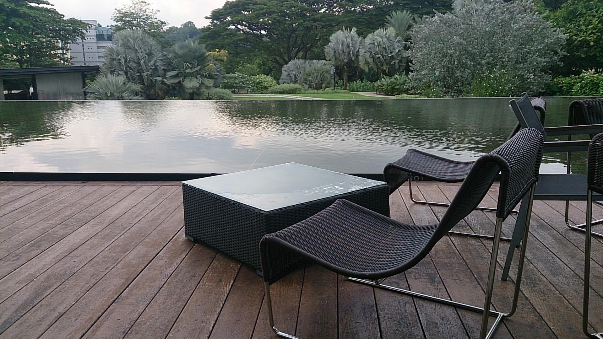 Luxury outdoor furniture to beautify your home for Garden pond moulds