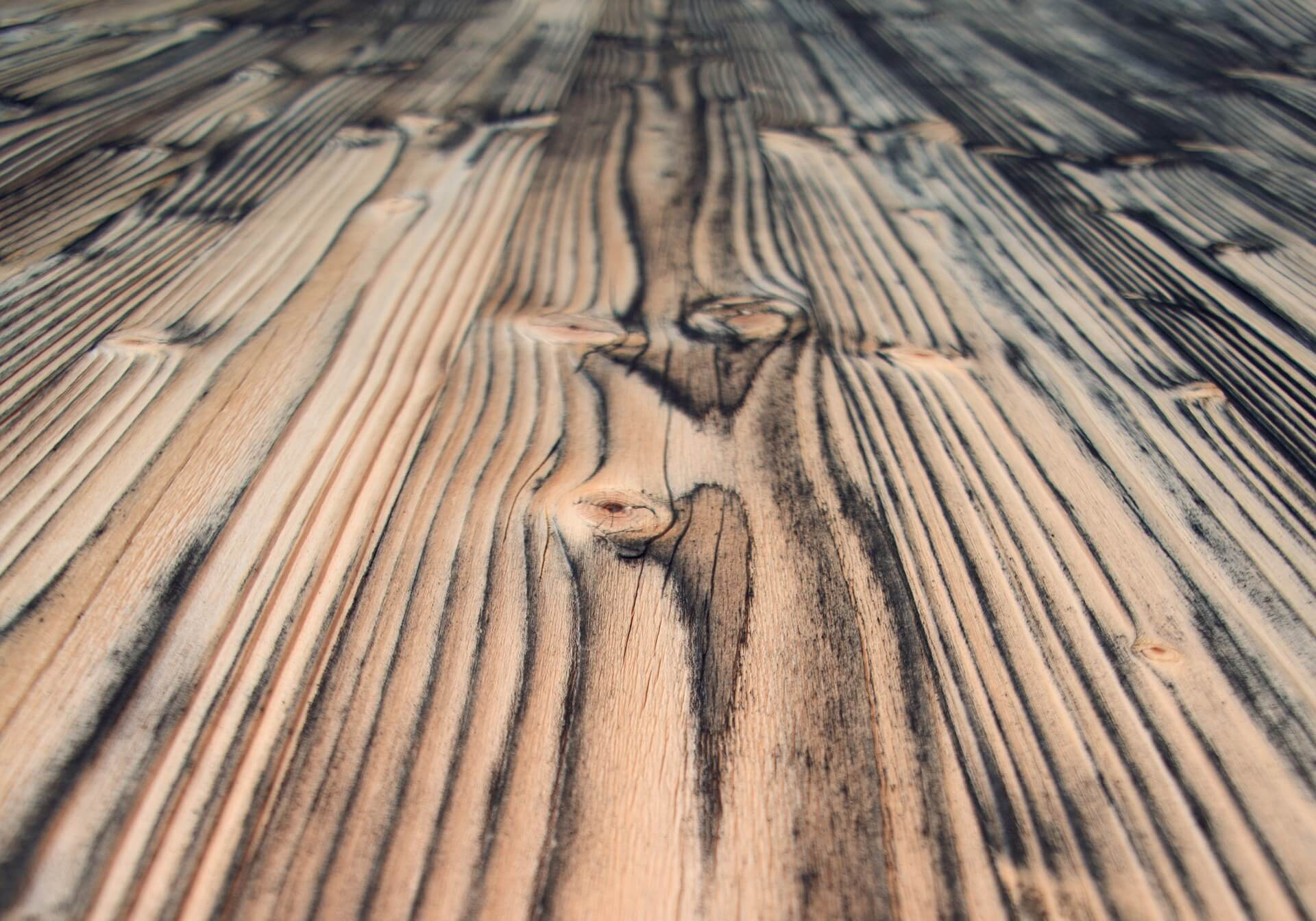 3 Tips For Replacing An Old Wooden Floor