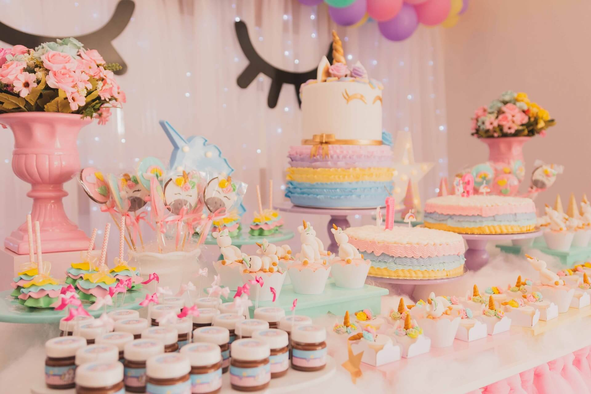 9 Delicious Cake Flavours To Add A Zesty Panache To A Wedding Interior Design Design News And Architecture Trends